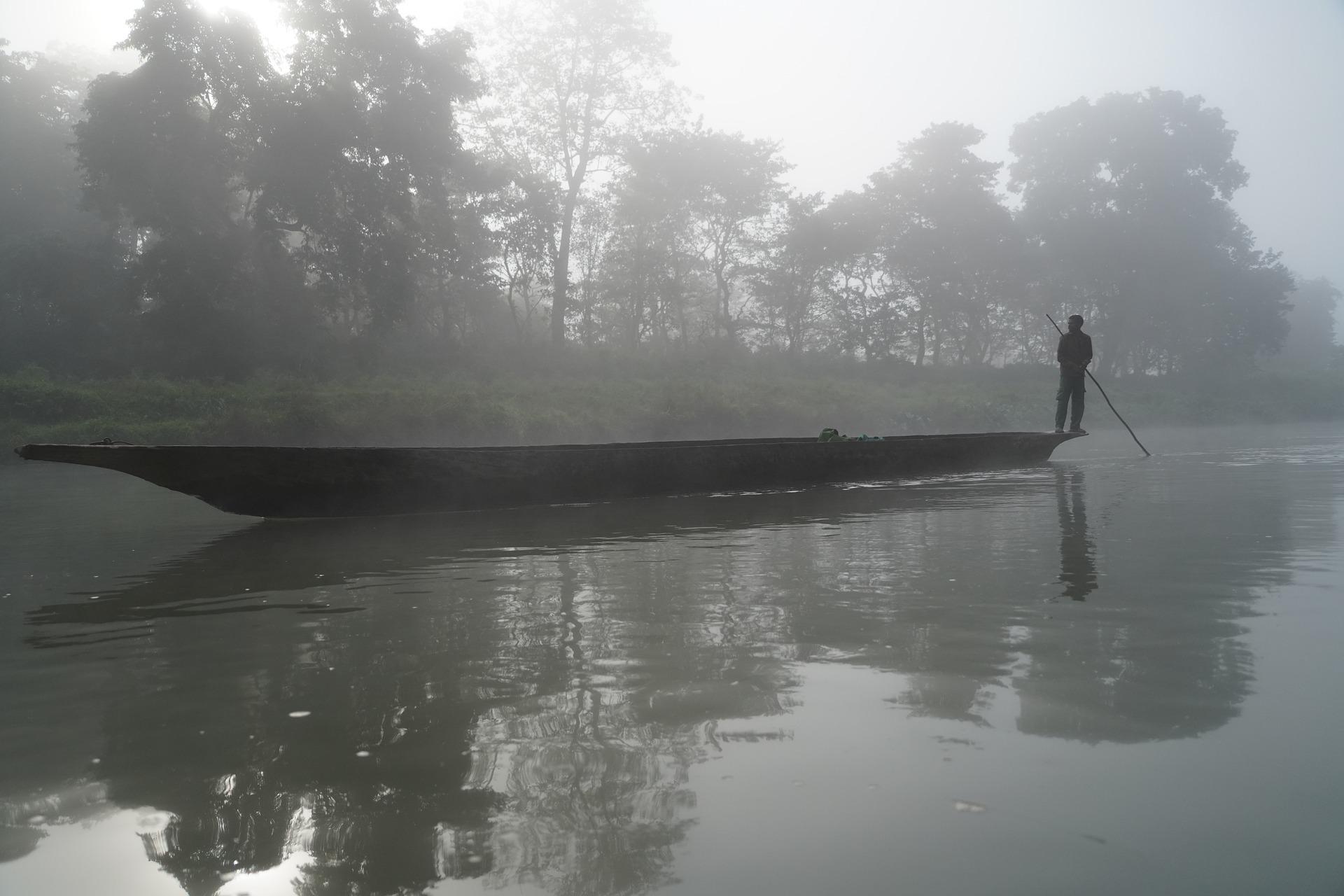 Blog le Chant de l'Univers - L'inondation - pirogue